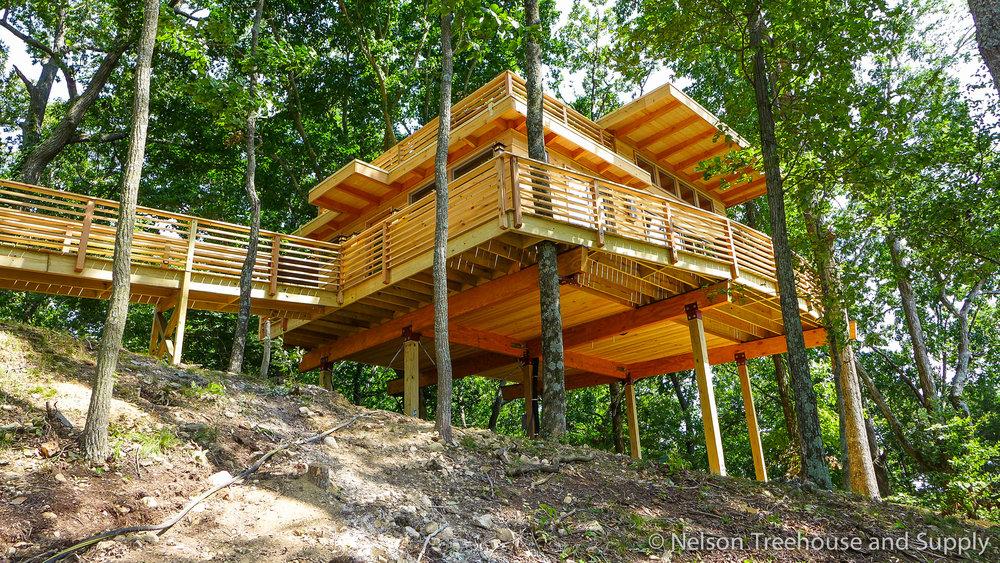 frank-lloyd-wright-treehouse-exterior-2
