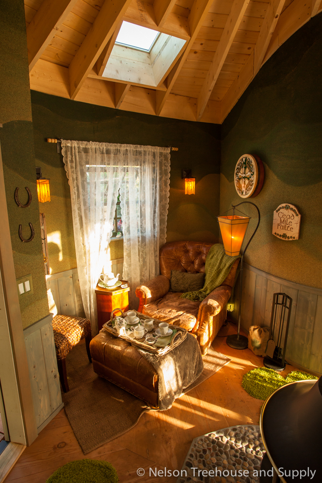 cozy corner inside the irish cottage treehouse - Treehouse Masters Irish Cottage