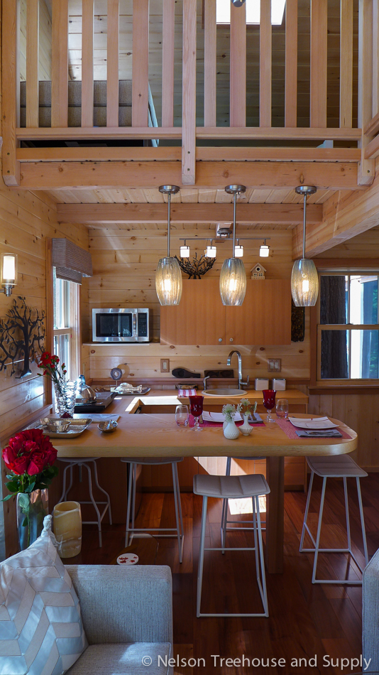 chang_treehouse_kitchen_loft