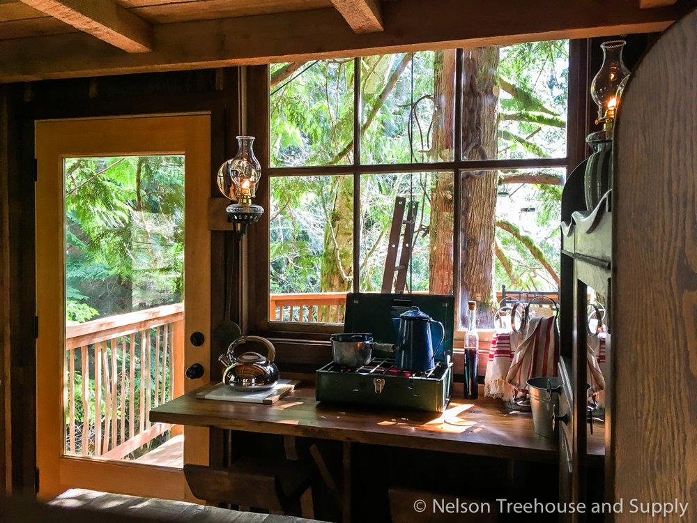 adventure headquarters treehouse living room kitchenette 2