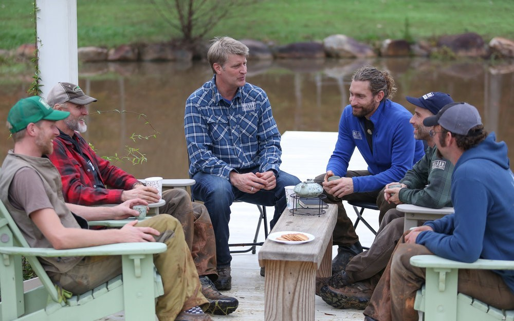treehouse masters cast pete nelson alex with the nelson treehouse crew on build in north carolina alex meyer 10 things you didnt know