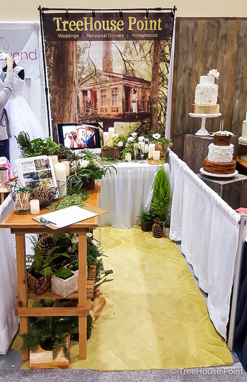 Our display at the 2016 Seattle Wedding show.