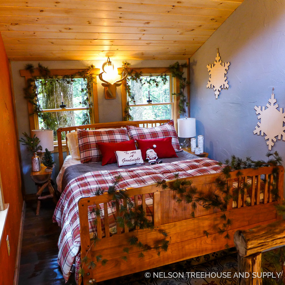 Nelson Treehouse North Carolina Christmas Treehouse