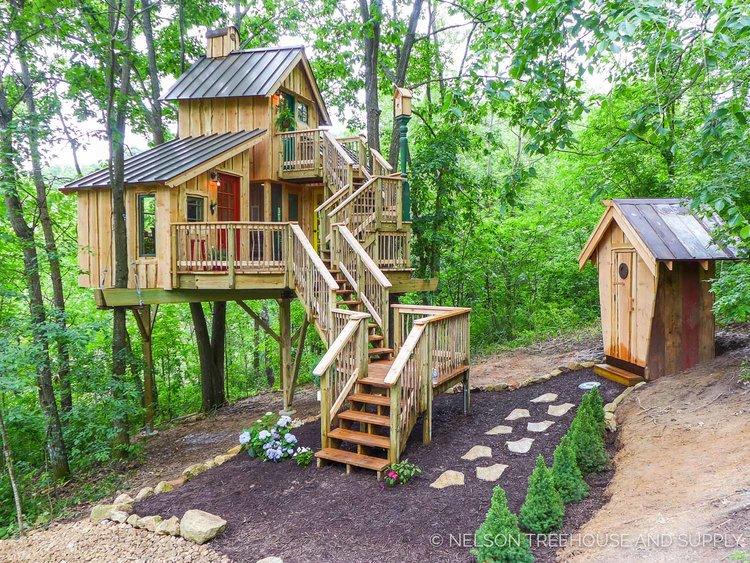 bird barn treehouse