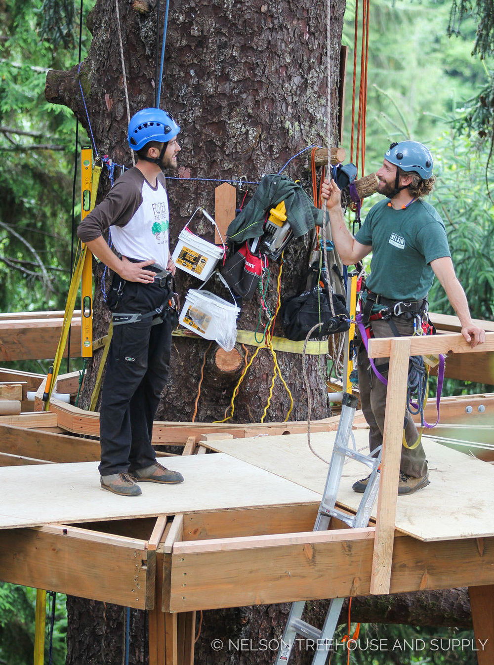 Henry and Alex on a Build in ORegon