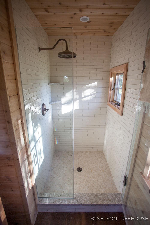 Fox_Lair_Farm_Shower_Bathroom.jpg