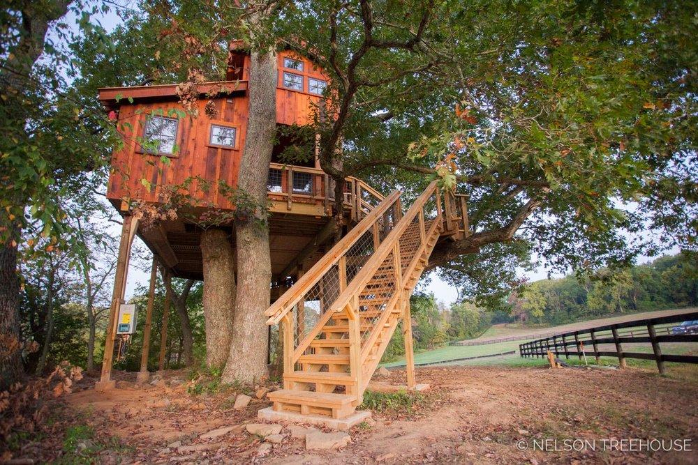 Fox Farm Treehouse STAIRWAY