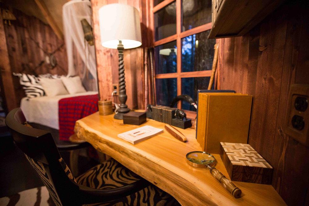Safari Treehouse Built-in