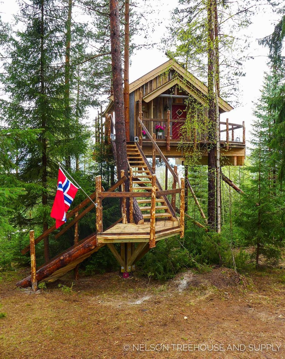 So grateful to have Collaborated with Norwegian Treehouse-designer Frode Schei on this project.