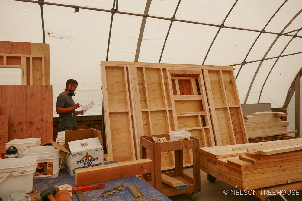 Prefabricated Walls in the Nelson treehouse Shop