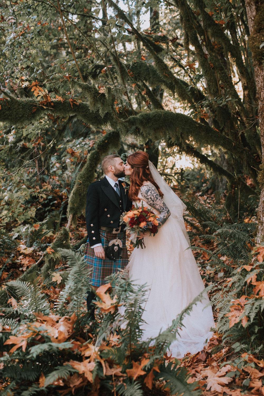 treehouse-point-wedding-luma-weddings-163.jpg