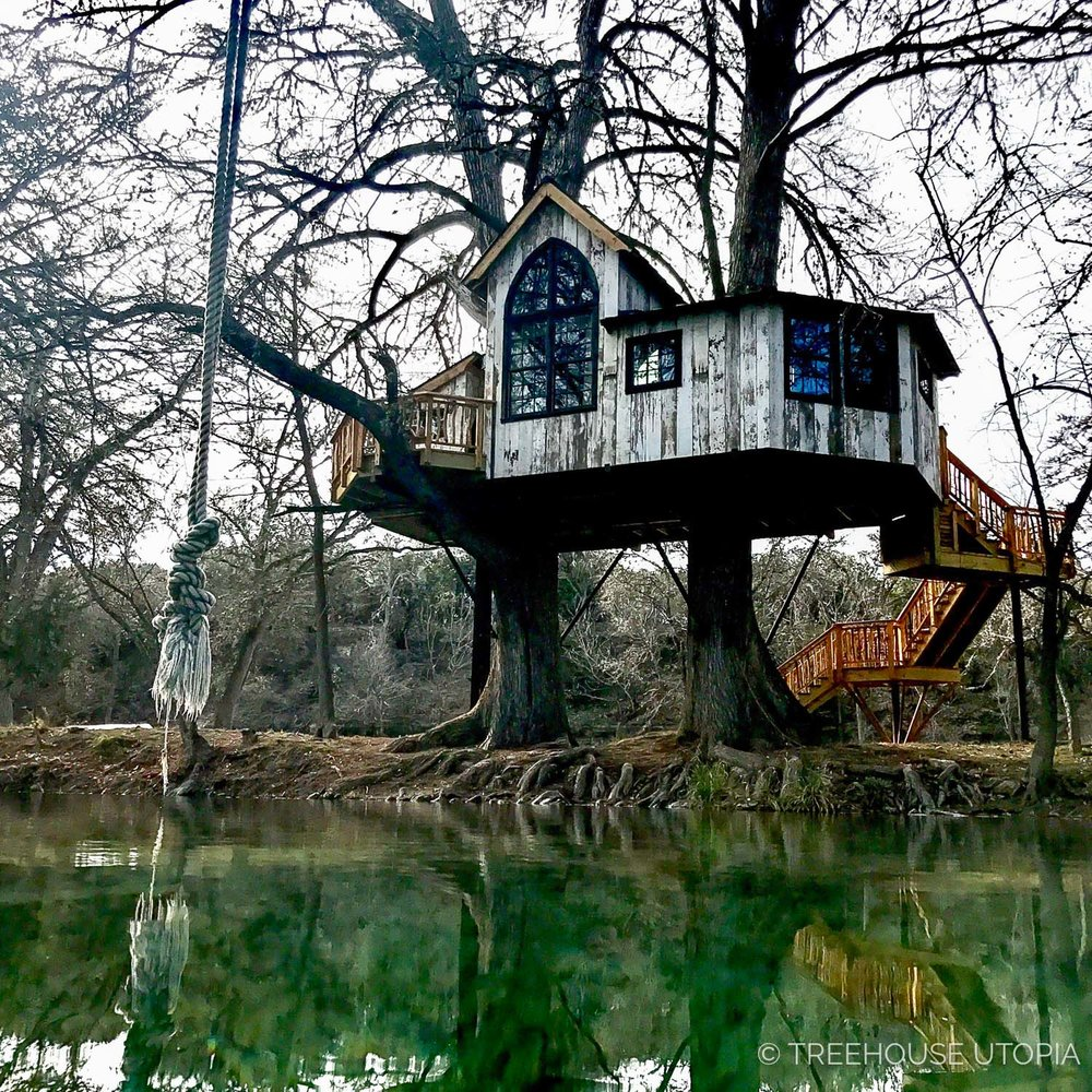 River by Chapelle at Treehouse Utopia, a Texas Hill Country Retreat. Photo by Nelson Treehouse.