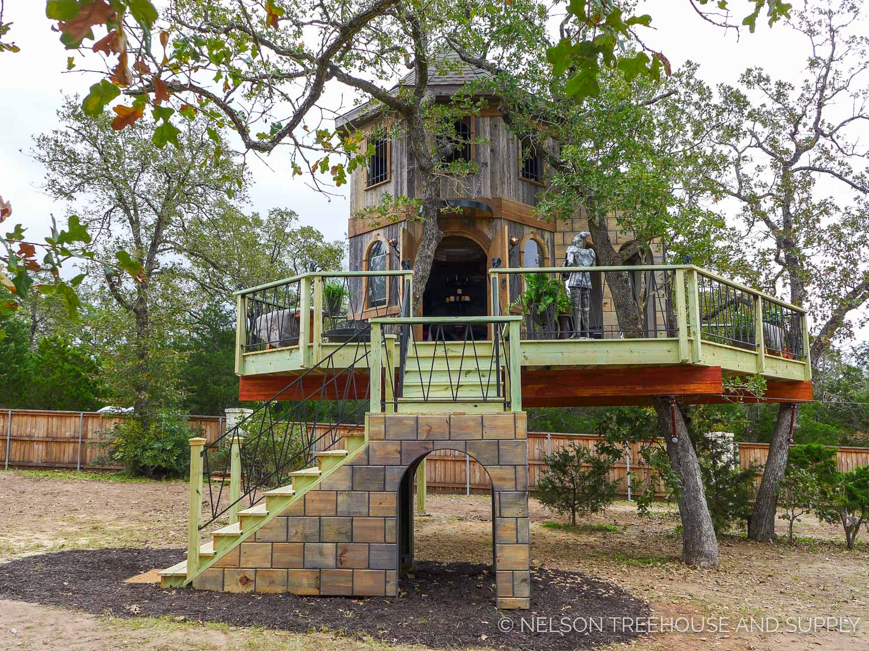 Dog Friendly Treehouse