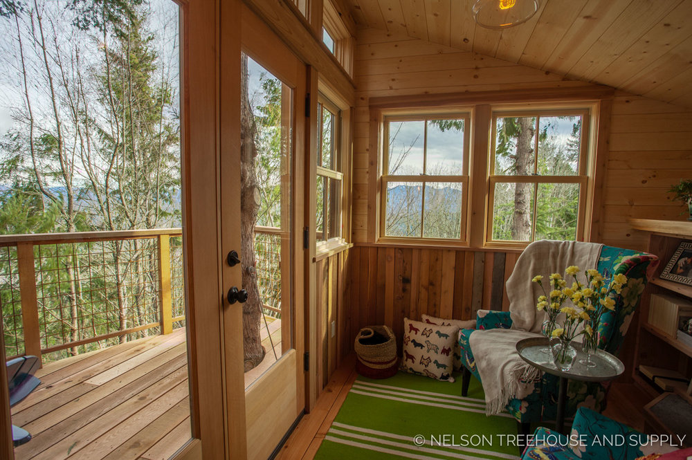 Bulldog Bungalow - views from inside - nelson Treehouse