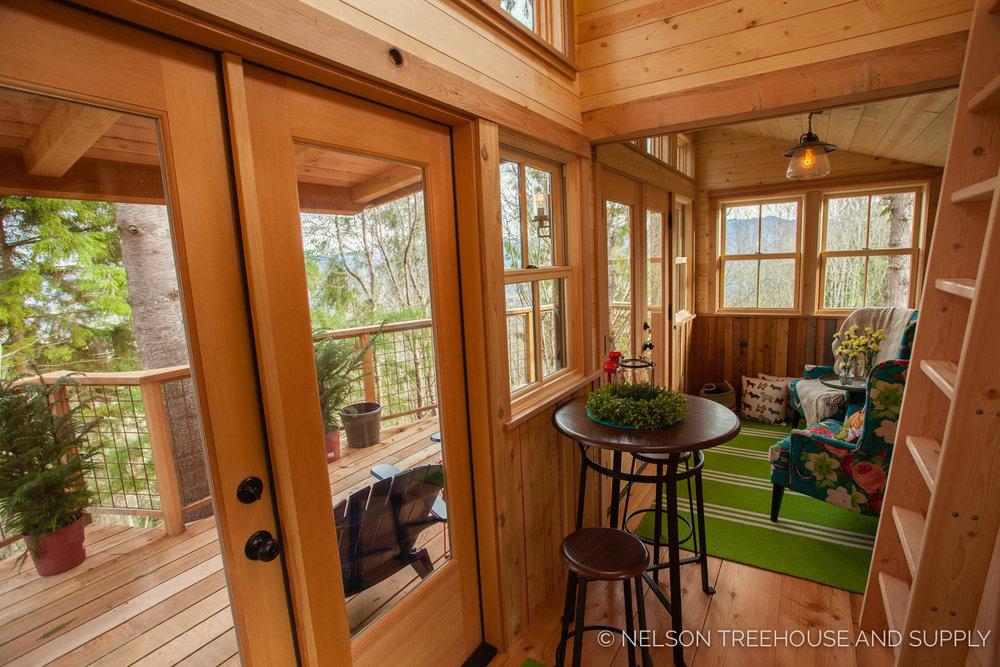Inside the Bulldog Bungalow - nelson Treehouse