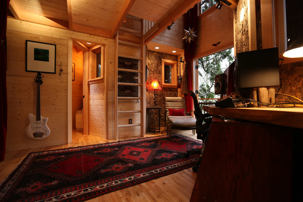 Nelson treehouse recording studio living room