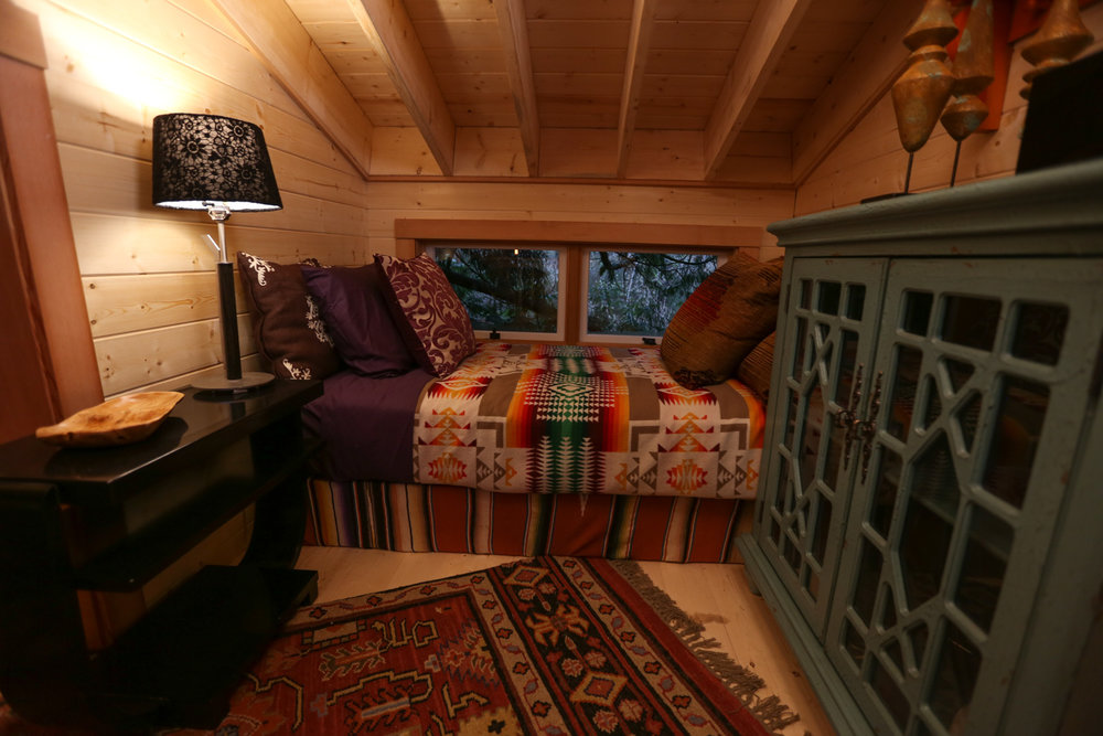 Nelson treehouse recording studio bedroom loft