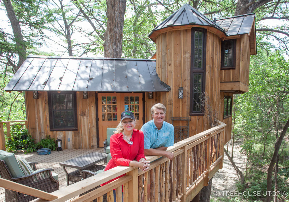 Laurel Waters and Pete Nelson on the deck of Chateau at Treehouse Utopia.