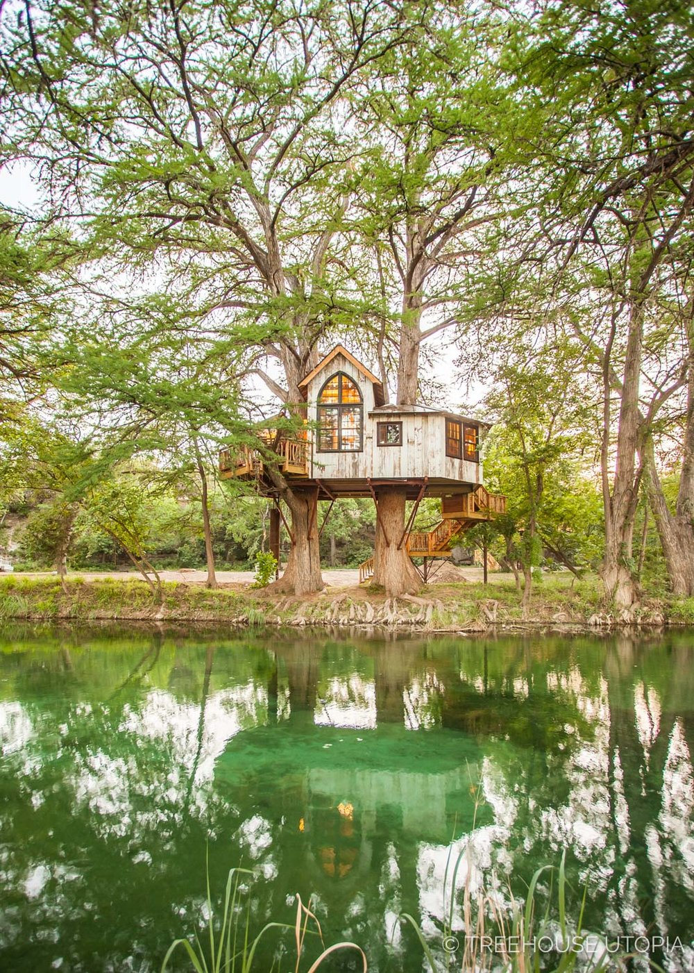 Chapelle at Treehouse Utopia  overlooks the river