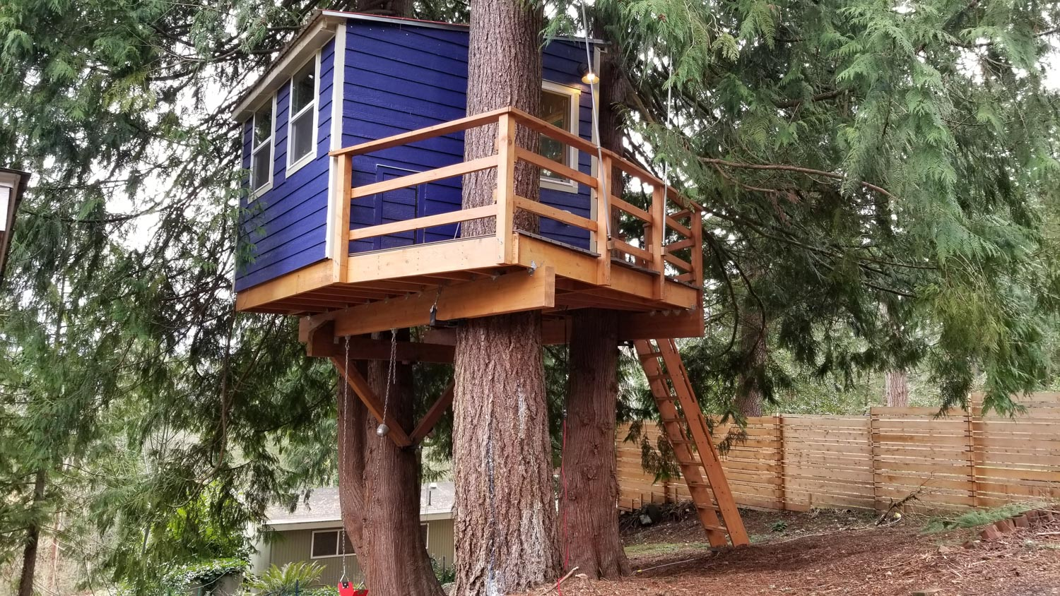 Picture of: Diy Builders Craft Incredible Treehouses Around The Country Nelson Treehouse