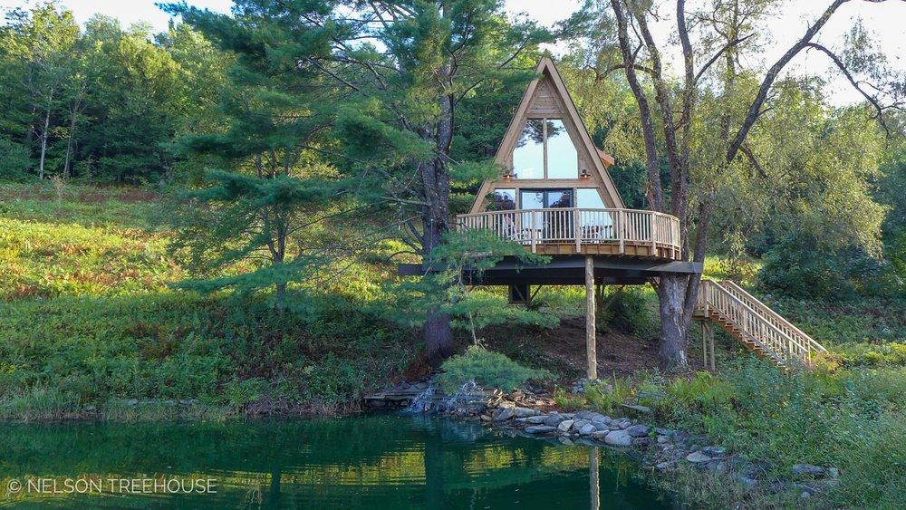 Treehouse VIllage Inn - New Fane, VT
