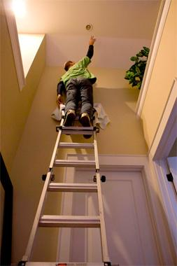 hard to reach light bulb fixture change fix it friend handyman toronto