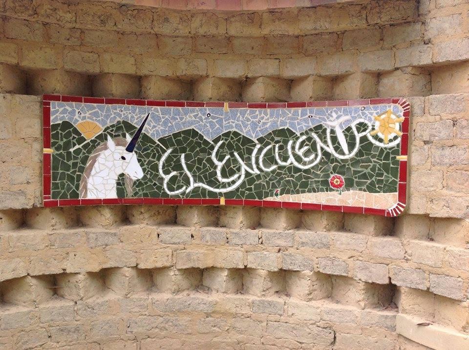 Letrero exterior tapia