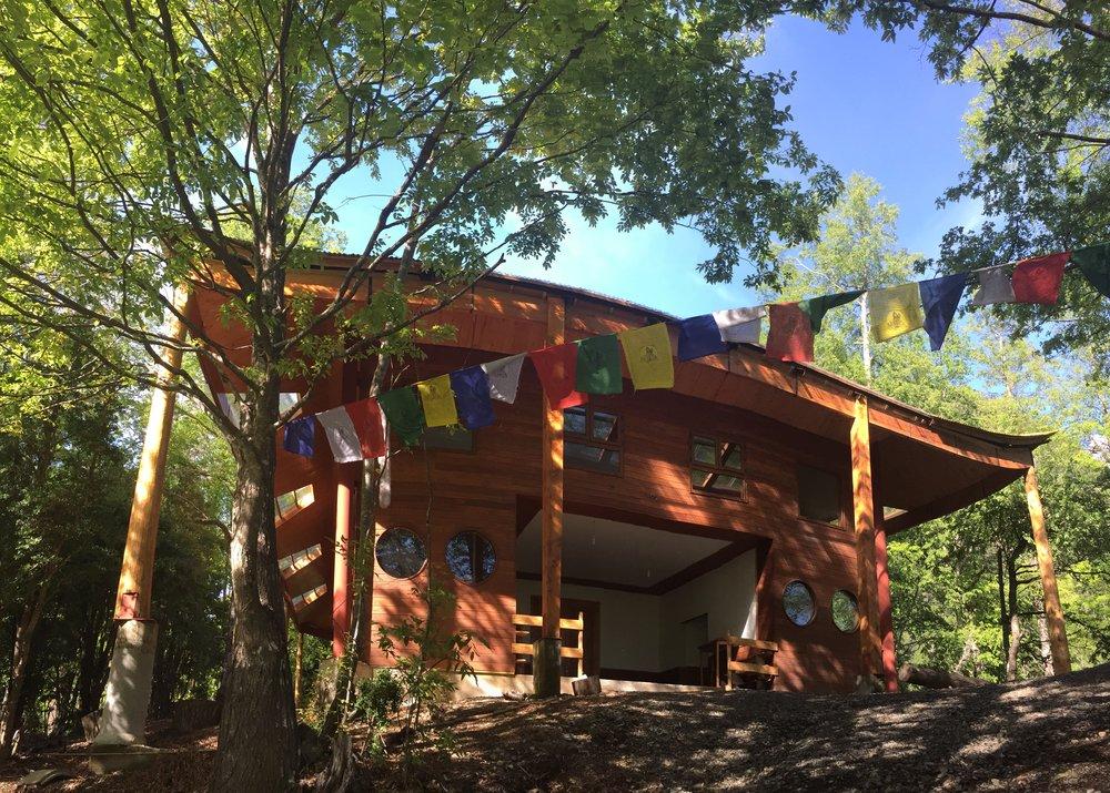 Templo Budista en Curarrehue, Chile
