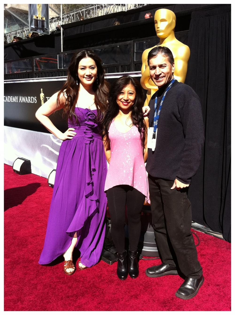 Academy Awards w/Armando V. & LA18 Reporter Kelly C.