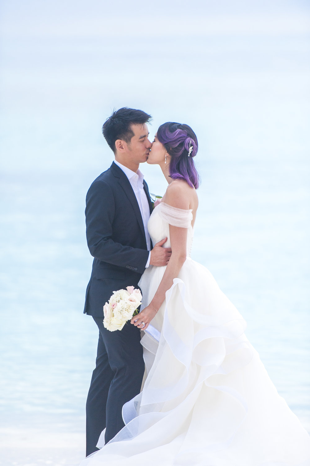 simple kiss 1.jpg