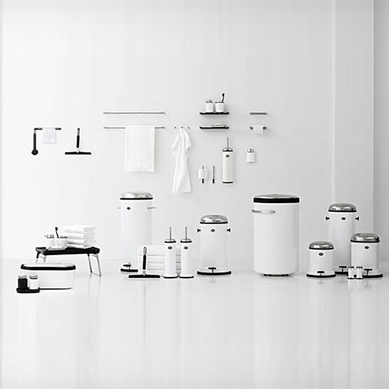 Udsnit af den familieledet designvirksomhed Vipps produkter