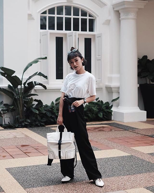 @bananalace in Elizabeth High Waist Pants. . . . . #fashiongoal #fashiondesigner #fashionblogger #follow #casualstyle #lookbookindonesia #lookbook #lookoftheday #fashionweek #amazing #like #trend #chic #beauty #localbrand #online #streetstyle #stylediary #singaporelife #wiwt #womenswear #outfitoftheday #whatiwore #vscodaily #love #instadaily #ootd #ootdindo #shoplocal