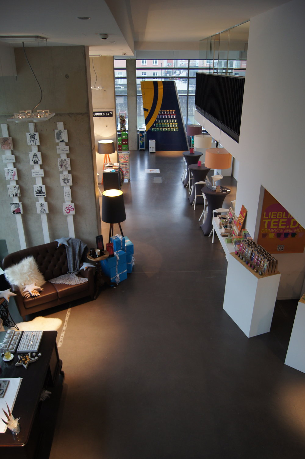 Trend und Design Concept Store 4.JPG