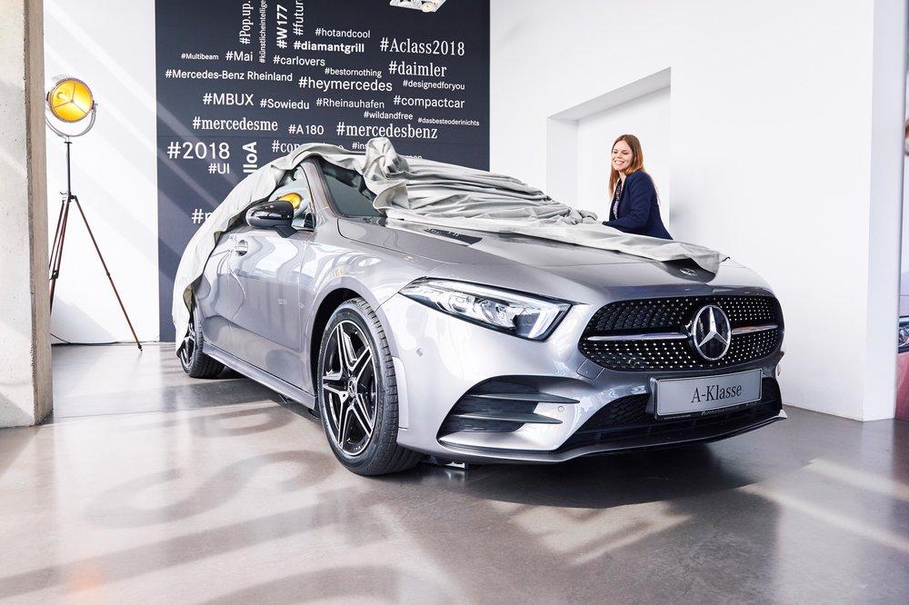 Mercedes-Benz Pop Up Store 2.jpg