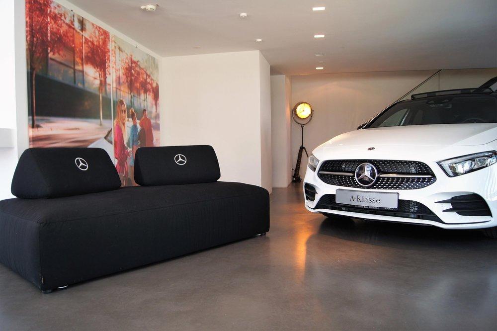 Eventmobiliar Mercedes-Benz.jpg
