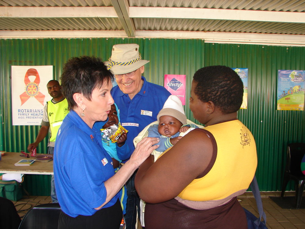 14-american-visionary-and-founder-of-the-rotary-family-health-days-marion-bunch-registers-people-at-a-site-in-pretoria-in-may-2013.jpg