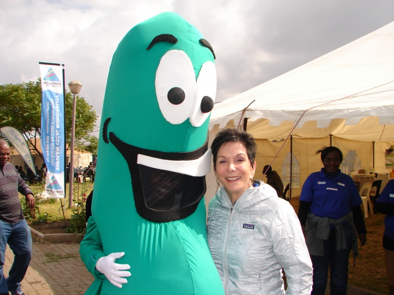 11-founder-of-the-rfhd-marion-bunch-and-lucky-bean-the-health-day-mascot.jpg