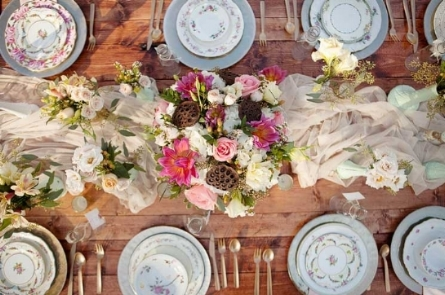Sample table setting with mix match china from Pinterest