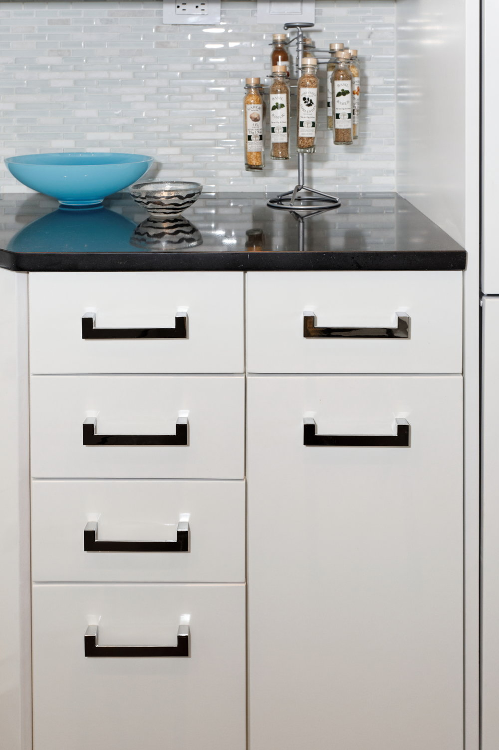 Houzz Windmill kitchen detail.jpg