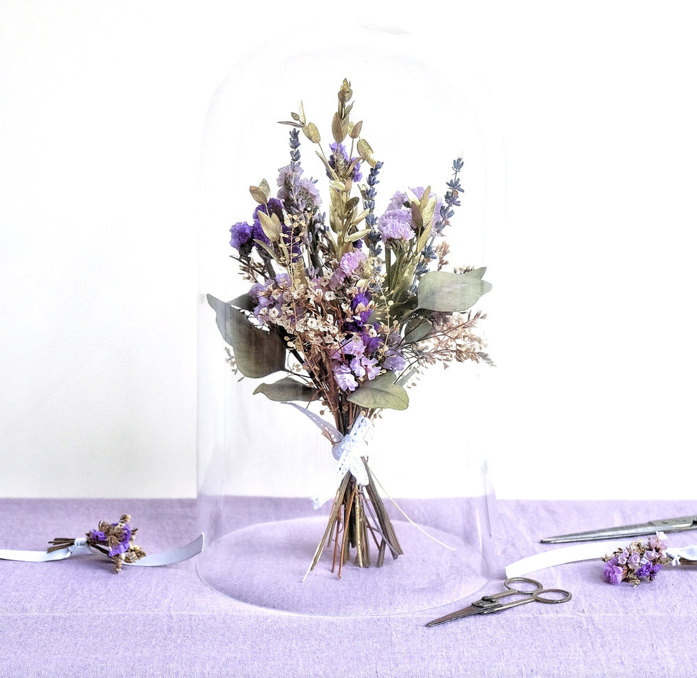 DRIED CREATIONS & BOUQUETS - HERE TO ORDER