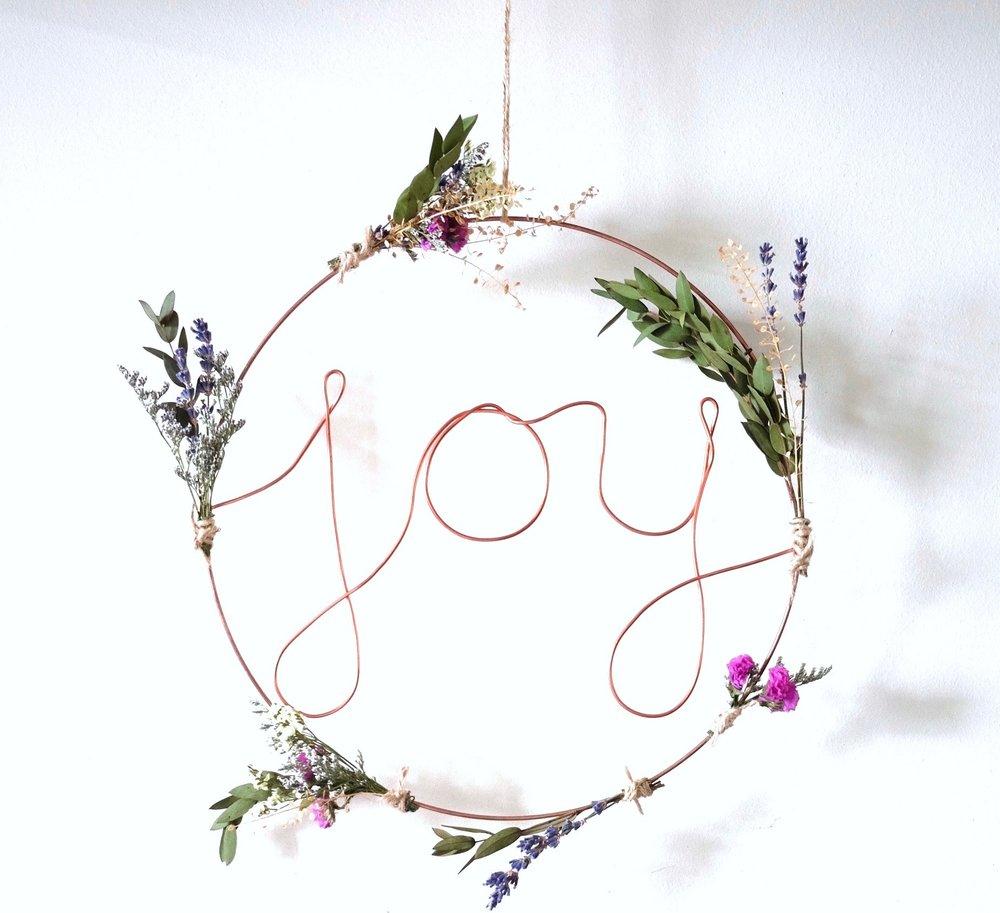 Joy wreath Ask a French Flowers