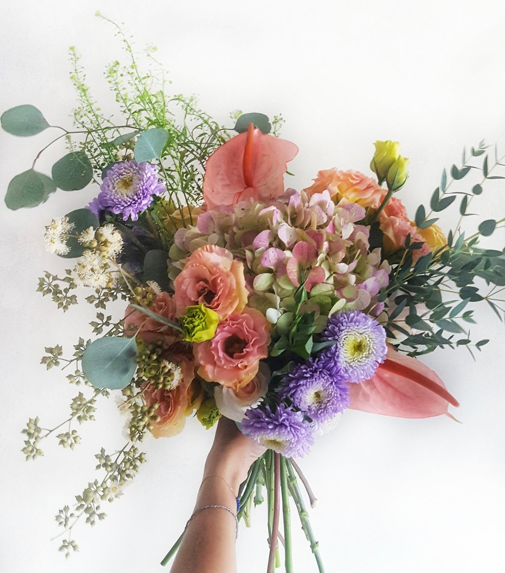 http://www.askafrenchflowers.com/order/