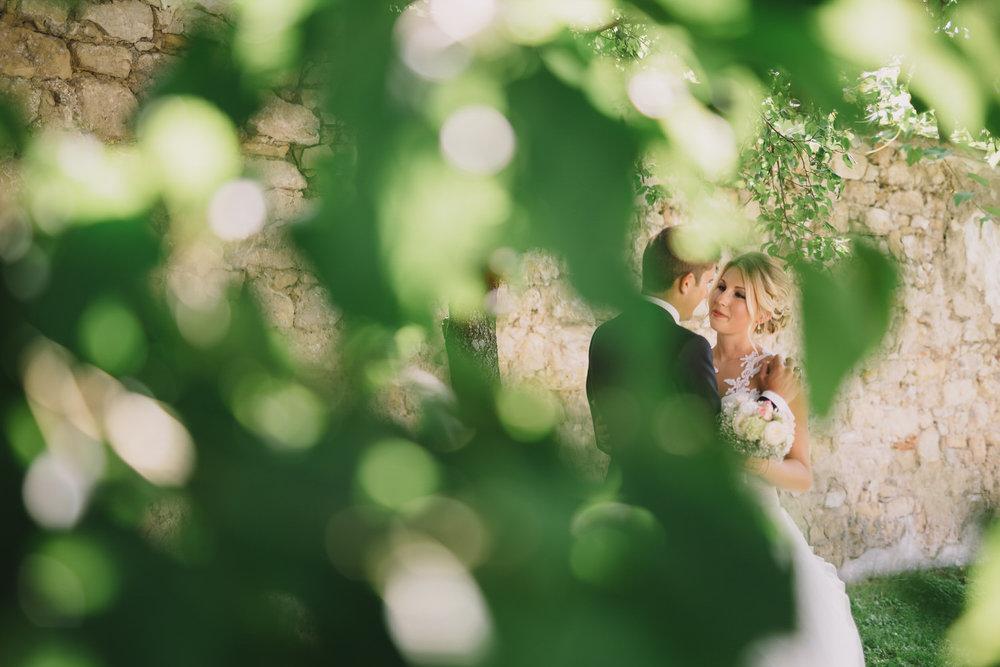 Loretto: Ein schattiges Platzerl für Lisa und Florian