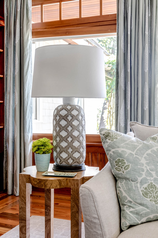 interior design, rhode island, new england, newport, living room, lamp