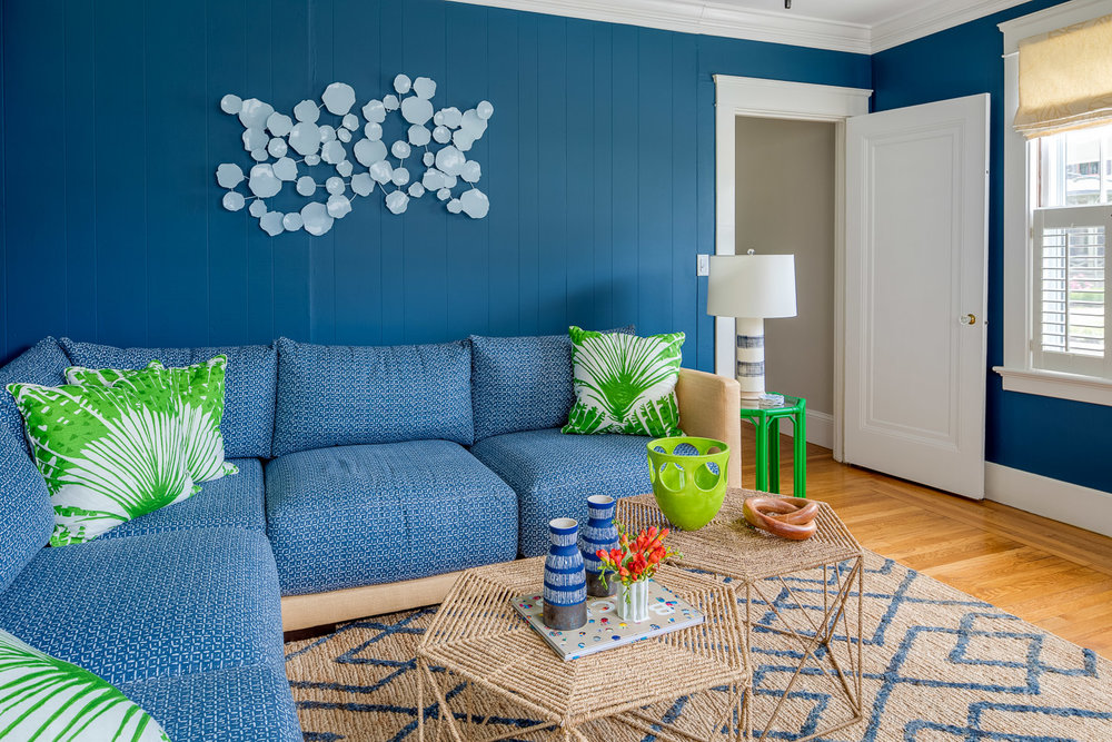 Nigro Kay Getaway, beach house decor, east coast, coastal decor, digs design, love your digs, blue sectional, wall art, blue walls