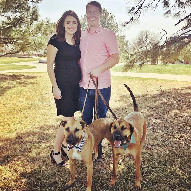 Happy Easter! 🐰🐣 @amschmidt13 even managed to get one with the dogs kind of looking.