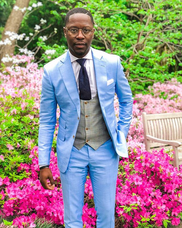 🌸 ❄️🌺 .... I Guess that makes sense, Have you scheduled a fitting? . . . #Men #Clothes #MenClothes #HoustonStylist #WeddingStyle #Groom #BlackTie #Spring #summertime #BespokeSuits #wedding #weddinginspiration #groomsman #mensfashion #mensuit #customsuits