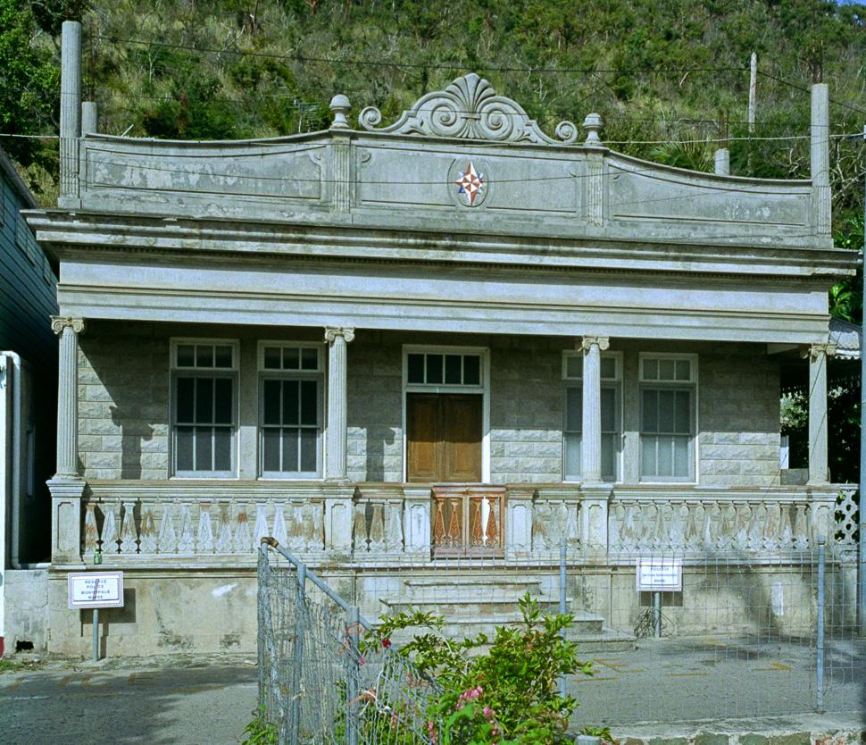 Flashback - former police HQ  / ancienne gendarmerie - 1996
