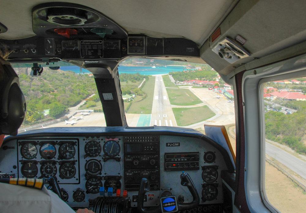 Landing / Atterrissage - Juli / juillet 2007
