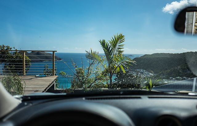 Reality Stops Here: Best driveway view ever, breathtaking.  Prepare  for your well-deserved days of total relaxation, starting from the moment you arrive.  You'll know immediately that it was SO worth the planning, the anticipation and the travel time.